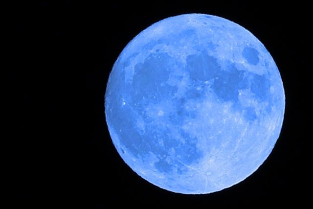 ブルームーンとは。色は青くない?願いが叶う?次見られるのはいつ?アイキャッチ用