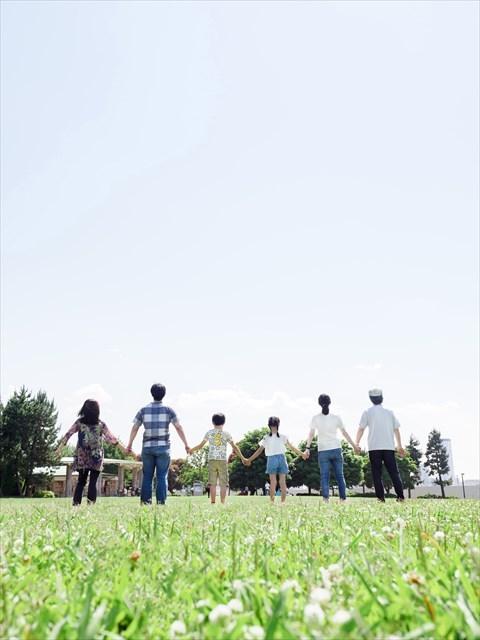 伊藤かずえの愛車はシーマで父親は日産勤務?兄弟、娘など家族構成も4