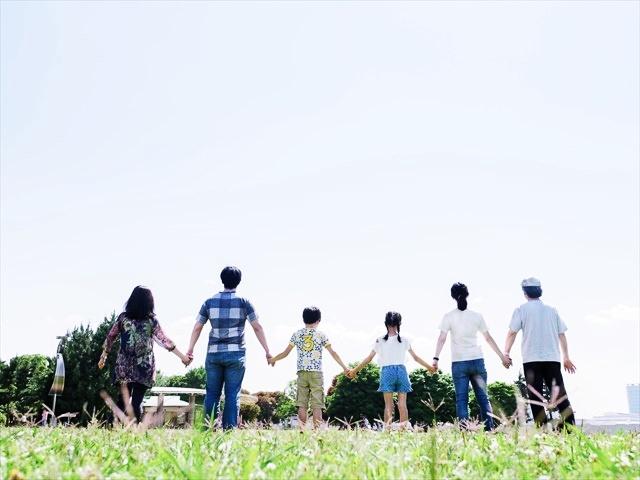 松田龍平は松田翔太と兄弟?両親や姉妹など他の家族構成もすごい?2